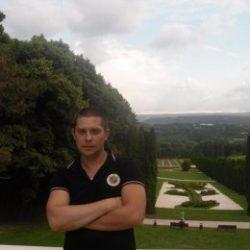 Парень без опыта ищет девушку в Кемерове