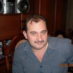 Пара ищет девушку в Кемерове для секса жмж