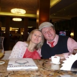 Пара ищет девушку для девушки для встреч в Кемерове