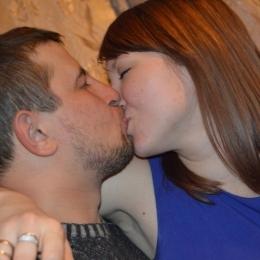 Пара ищет девушку из Москвы, для секс встреч