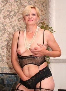 Я девушка, приглашу мужчину для интимных встреч в Кемерове